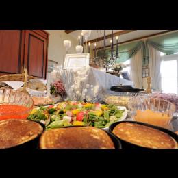 Illallinen Krapihovin blinipöydästä, nuorisoetu -30%